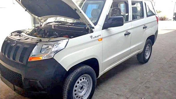 Spied: Mahindra TUV300 Plus spied in India, to launch soon