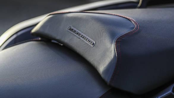 2018 Ducati Multistrada 1260 S seat detail