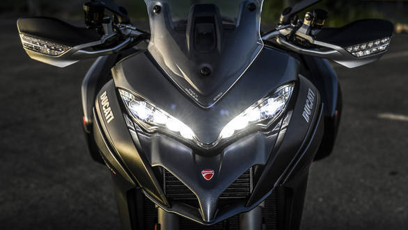 2018 Ducati Multistrada 1260 S front headlight detail