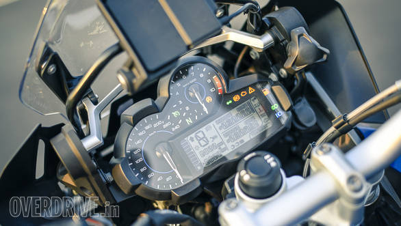 BMW R 1200 GS Rallye instruments detail
