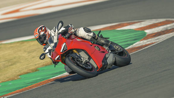 2018 Ducati Panigale V4 cornering action