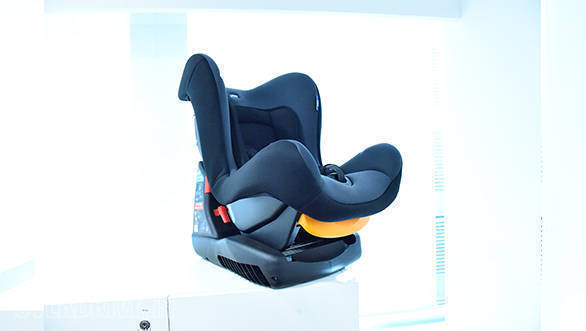Product review: Chicco Cosmos car seat