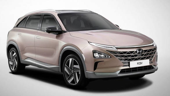 Hyundai Nexo FCEV launched in Korea, deliveries start at Ulsan and Gwangju