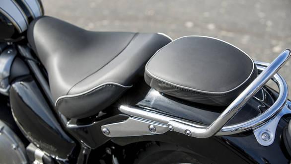 Triumph bonneville single seat review