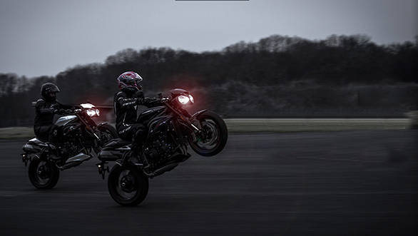 Teased: New Triumph Speed Triple RS debuts February 5, 2018, India launch likely