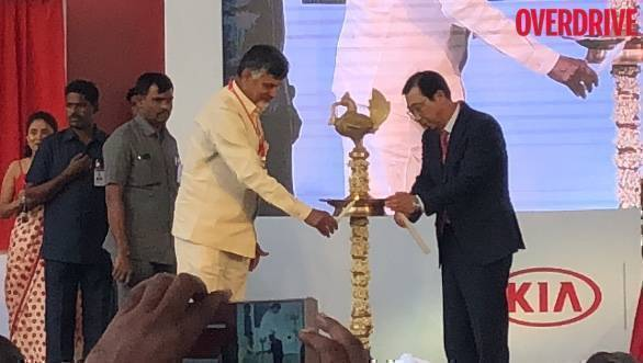 Kia installs framework of its new manufacturing plant in Andhra Pradesh