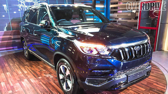 2018 Mahindra XUV700 (Ssangyong G4 Rexton) flagship SUV to be launched in India on October 9