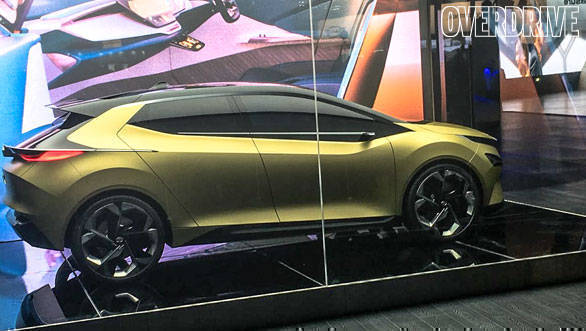 Auto Expo 2018 Tata 45x Premium Hatchback Concept Image Gallery
