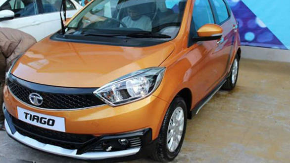 Tata Tiago Aktiv crossover hatchback spotted at dealership
