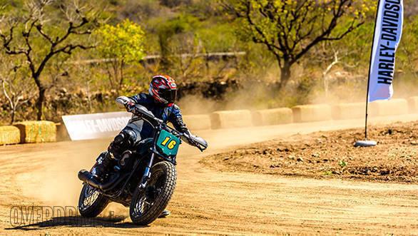 Harley-Davidson Flat Track Experience Shumi Action