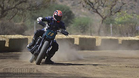 Harley-Davidson Flat Track Experience Action Shumi