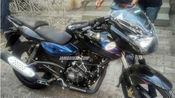 Refreshed Bajaj Pulsar 150 spotted before March-end launch