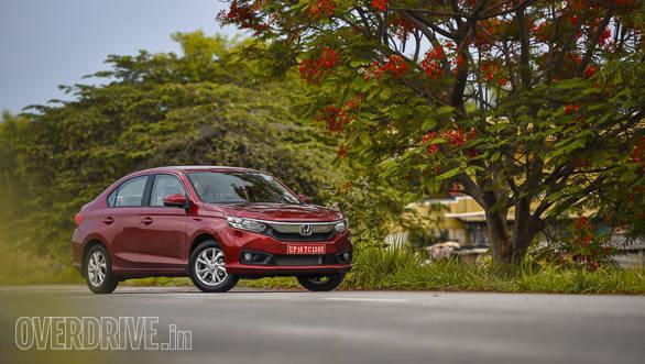 Spec Comparo: New Honda Amaze vs Maruti Suzuki Dzire vs Hyundai Xcent vs Volkswagen Ameo