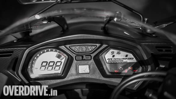 2018 Honda CBR650F Detail | instruments