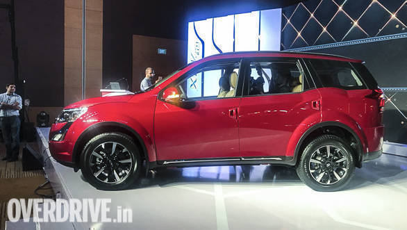 Image gallery: 2018 Mahindra XUV500 launched in India