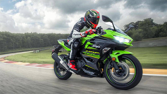 Kawasaki Ninja 400 deliveries begin in Mumbai