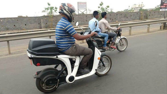 Mahindra GenZe 2.0 electric scooter spotted testing in India