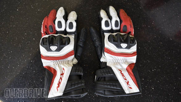 Product review: Ixon RS Moto HP gloves