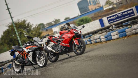 TVS Apache RR 310 vs KTM RC 390 comparison test - Overdrive