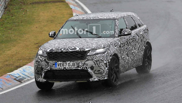 Range Rover Velar SVR spotted testing at the Nurburgring