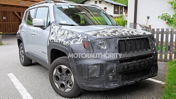India-bound Jeep Renegade spied, to be unveiled later this year