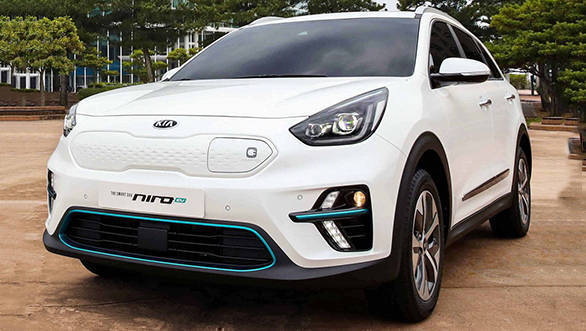 kia niro ev crossover with 380km range revealed overdrive. Black Bedroom Furniture Sets. Home Design Ideas
