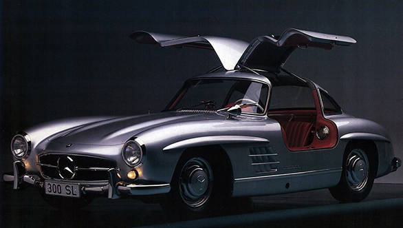 Mercedes-Benz offers brand-new body parts for the 300 SL Gullwing classic car