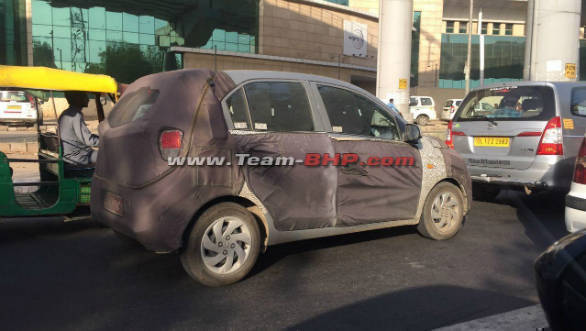 Upcoming Hyundai Santro seen in more spy images