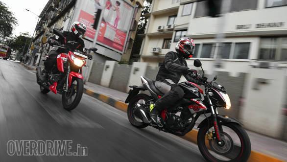 TVS Apache RTR 160 4V vs Suzuki Gixxer comparison test