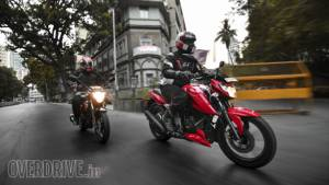 TVS Apache RTR 160 4V vs Suzuki Gixxer comparison test
