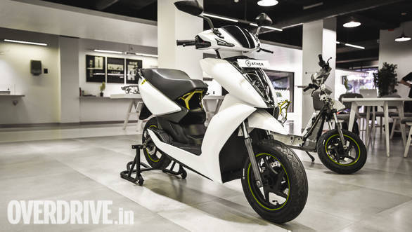 Ather Energy commences deliveries of the Ather 450 electric scooter