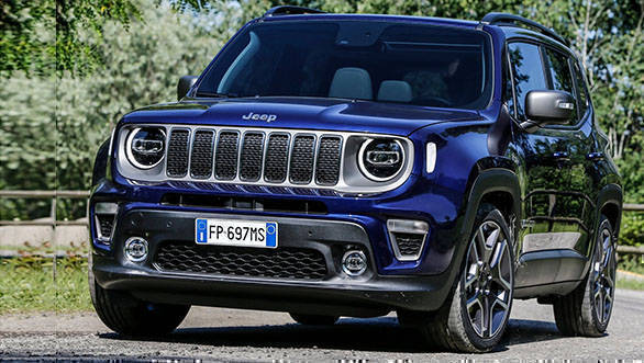 The front profile of the 2018 Jeep Renegade looks more aggressive than the previous model