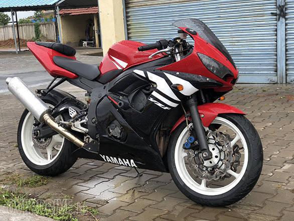 2004 Yamaha YZF-R6 | Feraci | Shumi's track bike