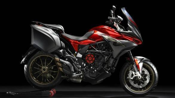 MV Agusta Turismo Veloce 800 Lusso gets a Smart Clutch System