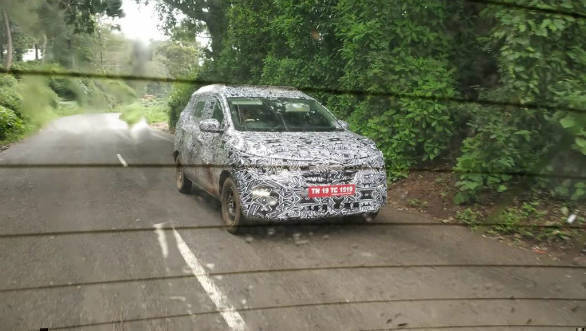 Upcoming Renault Kwid based MPV spotted testing for the first time