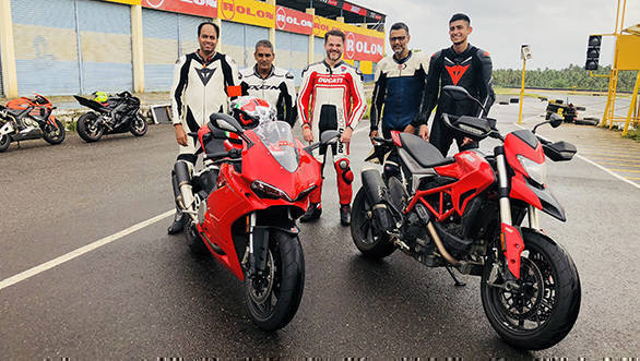 Indimotard-OVERDRIVE TWO Riding School's instructors - Vignessh V, Shumi, Anand Dharmaraj and Rishi Agarwal with Sergi Canovas who heads Ducati in India