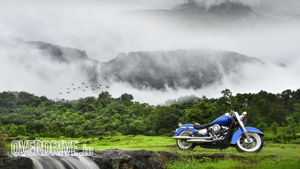 Monsoon cruise on the Harley-Davidson Softail Deluxe