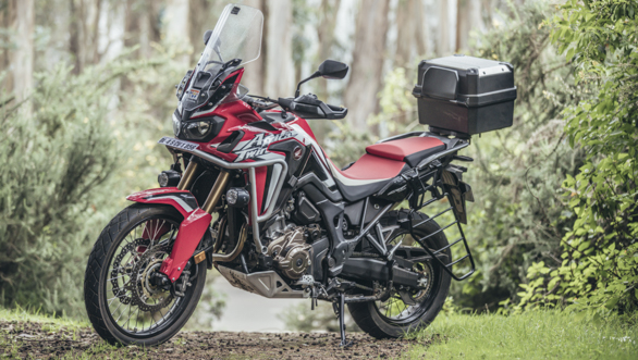 2018 honda africa twin dct first ride review overdrive. Black Bedroom Furniture Sets. Home Design Ideas