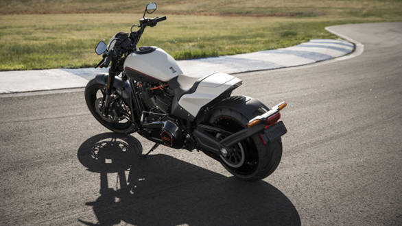 Harley Davidson Fxdr 114 India Launch Price Specs: Harley-Davidson FXDR 114 Details Out