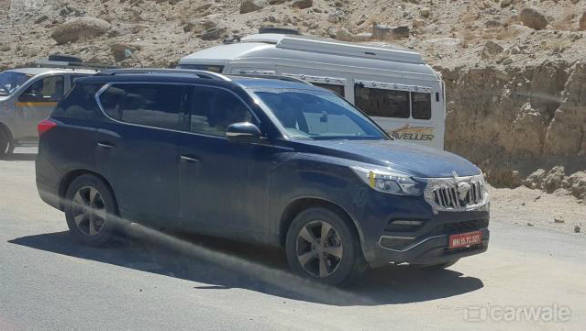 Upcoming Mahindra XUV700(Ssangyong Rexton) flagship SUV spotted testing in Leh
