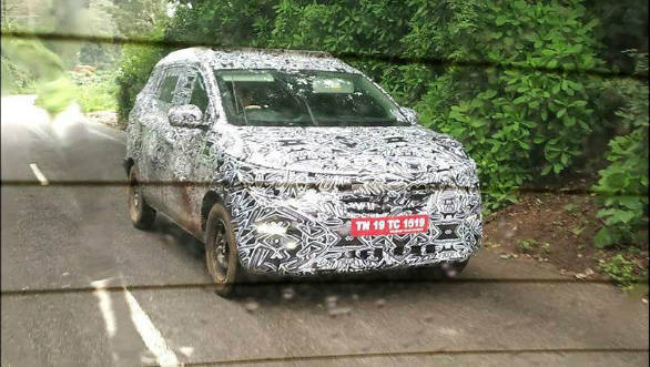 Spied: Renault seven seater MPV spotted testing in India