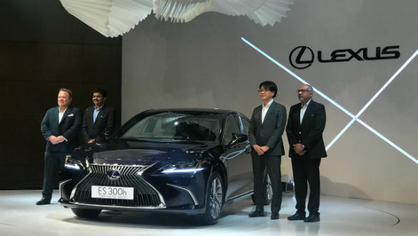 2018 Lexus ES 300h hybrid luxury sedan showcased in India
