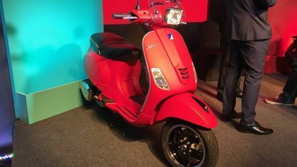 Piaggio launches updated Aprilia SR150, Vespa and mobile