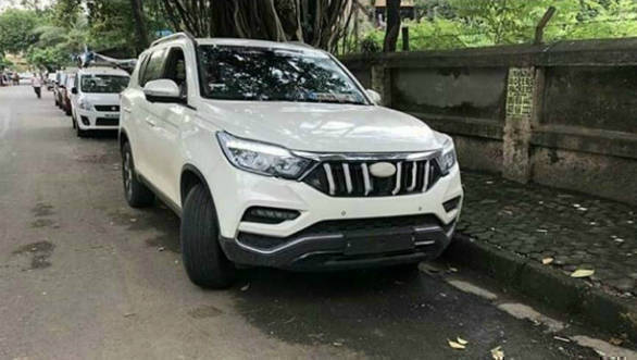 Upcoming Mahindra Xuv700 Suv Spotted Undisguised Ahead Of Launch