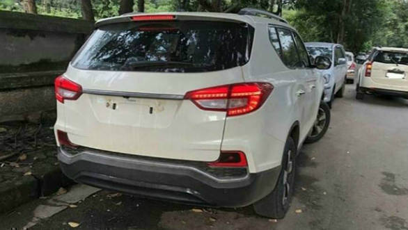Mahindra Alturas G4 Suv To Be Launched In India On November 24
