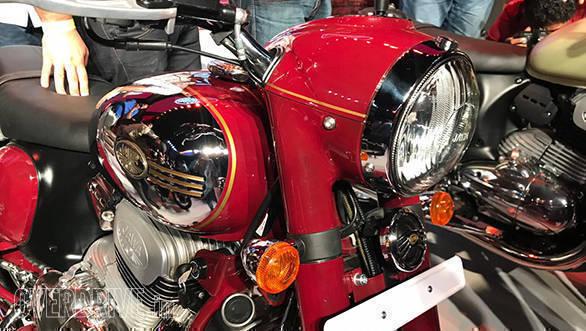 New Honda Motorcycles 2018 >> Spec comparo: Jawa vs Royal Enfield Classic 350 - Overdrive