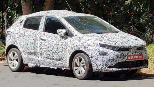 Tata 45X premium hatchback spotted testing ahead of Diwali 2019 launch