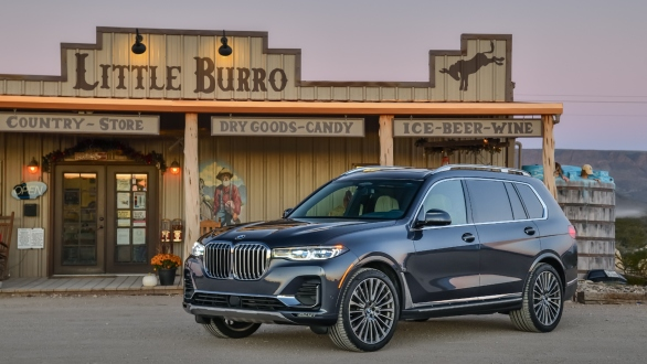 India-bound BMW X7 SUV first drive review - Overdrive