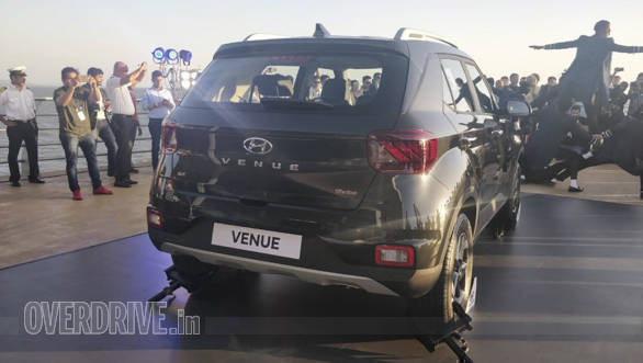 Image Gallery 2019 Hyundai Venue Compact Suv India Unveil Overdrive