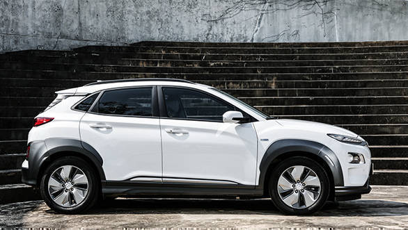 Hyundai Kona All Electric Crossover Gets Listed On